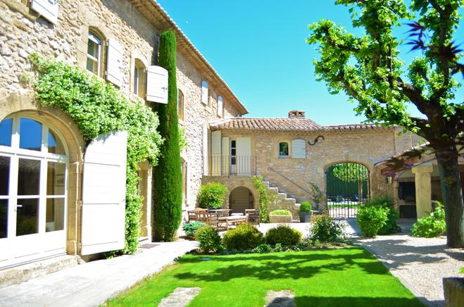 Garten Provence ferienhaus provence mit hund 10 personen robion ferienhaus provence