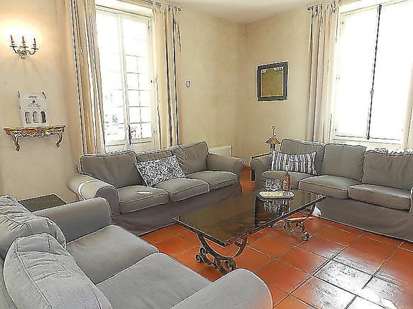 ferienwohnung provence 12 personen draguignan ferienhaus provence. Black Bedroom Furniture Sets. Home Design Ideas