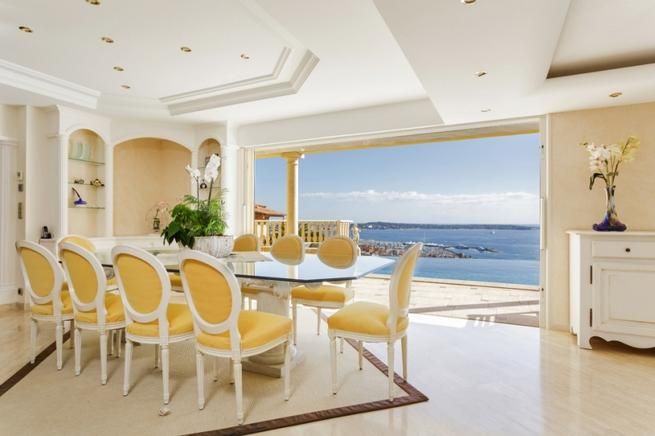 Villa An Der Côte Du0027Azur Für 10 Personen In Golfe Juan